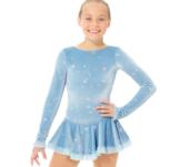 Ljusblå klänning i sammet med glittermönster