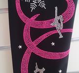 Sköna byxor från Sagester med dekoration på benet