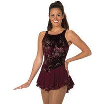 Vinröd klänning från Jerry