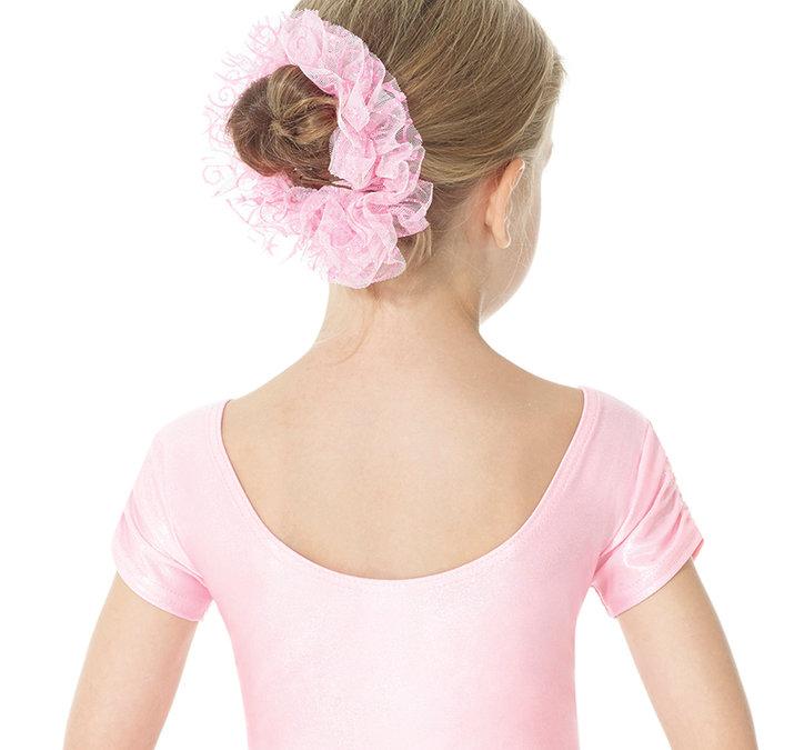Hårband i rosa, ljusrosa och lila med små blommor