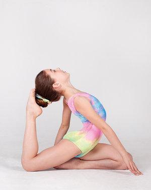 Glittrig ärmlös gymnastikdräkt