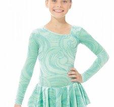 Mintgrön klänning i glittersammet.