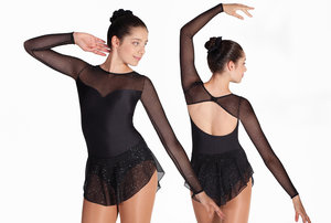 Svart klänning med glittrig mesh