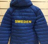 Varm klubbjacka med Sweden-broderi