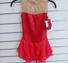 Glittrig röd klänning