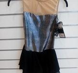 Glittrig svart  klänning