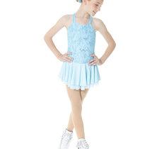 Ljusblå klänning i spets